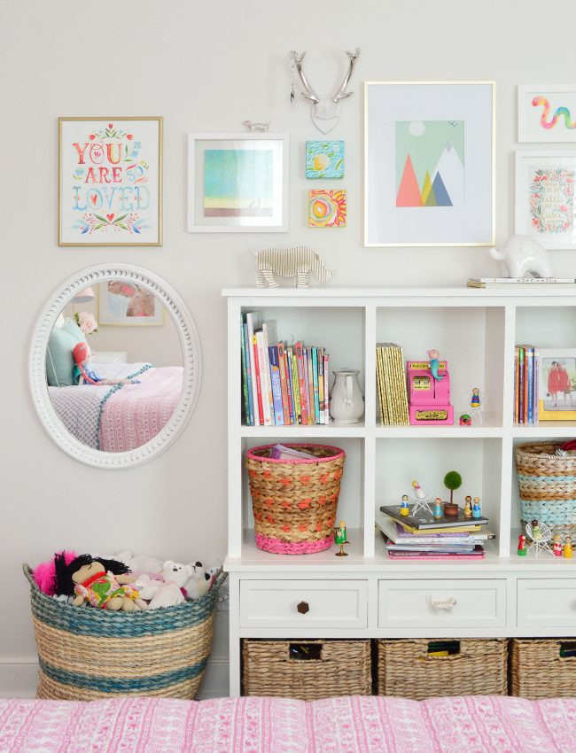 girls bedroom bookcase gallery frame wall