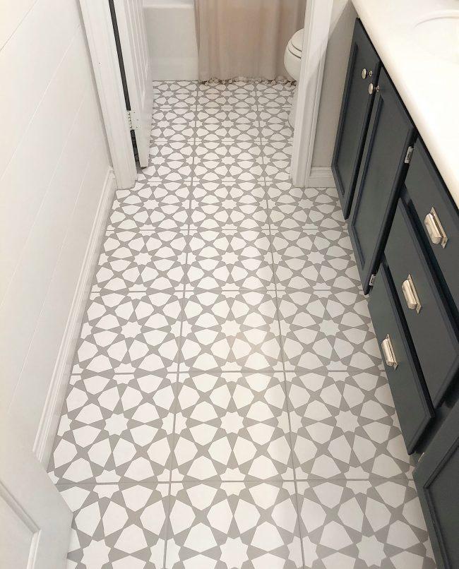 How To Fix Tiles In Bathroom Floor: How To Paint A Bathroom Floor To Look Like Cement Tile